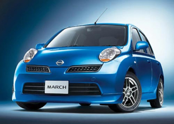 harga mobil nissan march images